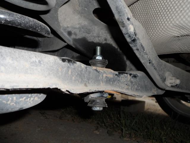 Замена задних стоек стабилизатора Форд Фокус 2
