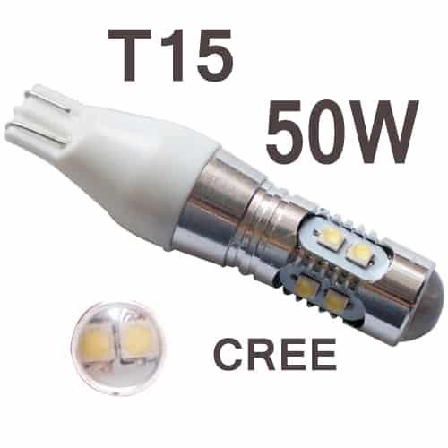 Замена лампочек в задних фонарях