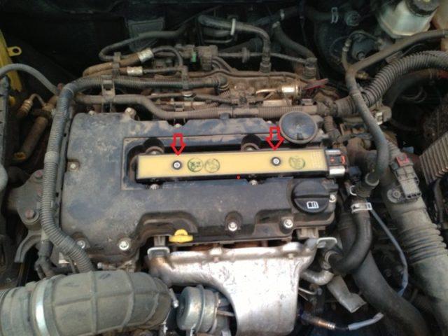 Замена свечей зажигания на Opel Astra J