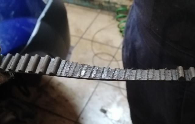 Замена клапанов Рено Логан 16