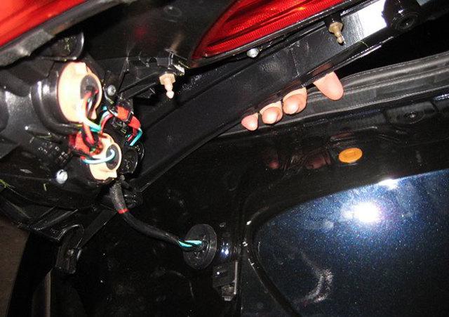 Замена лампочки на ниссан жук