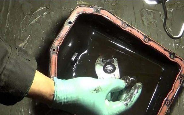 Замена масла в коробке передач Renault Duster
