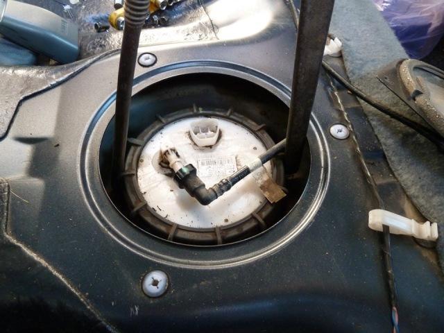 Все о замене топливного фильтра на Nissan Almera Classic и N16
