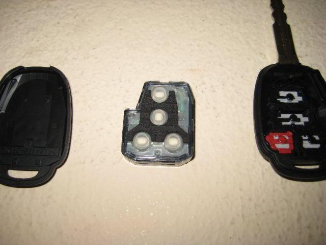 Замена батарейки в ключе Тойота Камри v50