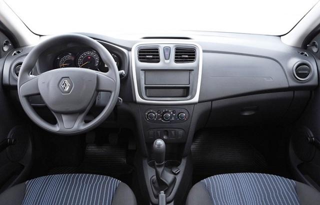 Renault Logan ></noscript> Настоящий пробег логана» width=»640″ height=»410″ class=»size-full aligncenter» /> </p> <p>Машина оказалась не просто качественной, она стала культовой. Многие подборщики авто и эксперты говорят о том, что такие автомобили нужно покупать крайне аккуратно.</p> <p> Действительно, многие машины брались для такси, для коммерческой службы, для поездок в бесконечные командировки по всей России.</p> <p> Но в случае с Логаном очень часто можно найти авто 2-3 лет с минимальным пробегом и в состоянии нового авто. И ценник при этом не будет слишком большим.</p> <h3>Какие моторы и коробки стоит покупать у Логана 2?</h3> <p>Автомобиль в Европе оснащают двигателями 0.9 л с турбиной, 1-литровым атмосферником, а также 1.5-литровым дизелем. У нас этих моторов вообще нет, машина поставлялась за всю историю своей сборки в РФ с моторами 1.</p> <p>6 нескольких видов, а также с движком 1.2 л, который практически не покупали. Силовые агрегаты на 82, 102 и 113 сил с объемом 1.6 л практически не доставляют проблем. Сложно выделить самый удачный из них.</p> <div style=