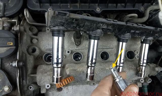 Замена свечей зажигания Фольксваген Поло Седан: инструкция, установка, проверка
