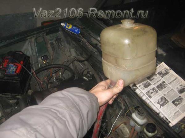 Замена тосола ВАЗ 2102: инструкция, слив, промывка, залив