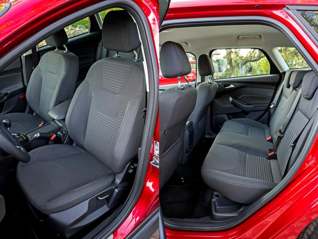 Ford Focus 2 объем багажника