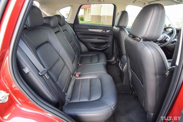 Сравнительный тест — эффектная Mazda CX-5 против практичной Toyota RAV4